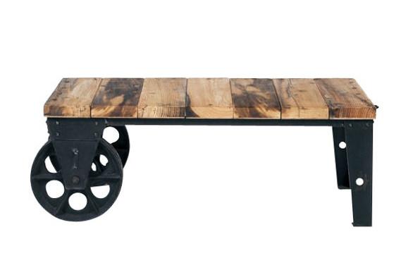 古材を使ったジャーナルの車輪ローテーブル