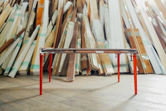 簡単に組み立てられるテーブル脚