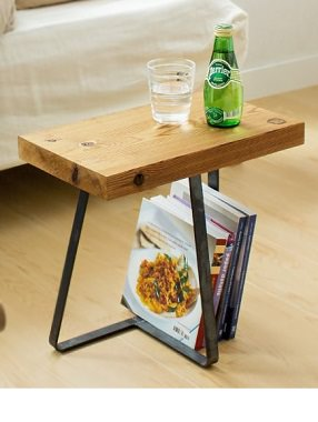 小さいサイドテーブル