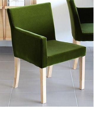 緑のソファ