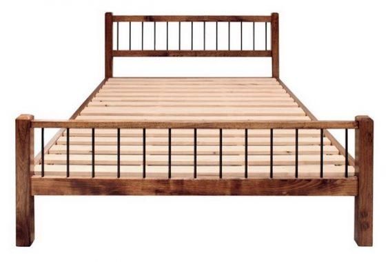 アメリカっぽいベッドフレーム