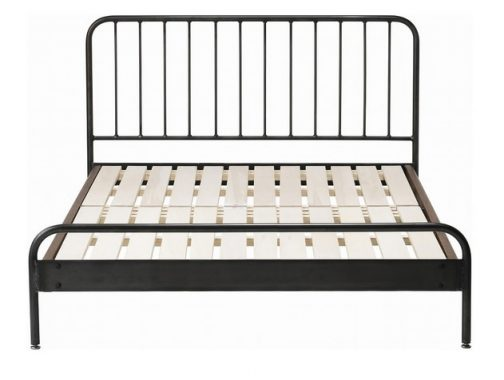 シンプルなベッドフレーム