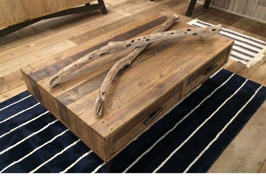 引き出しのあるローテーブル