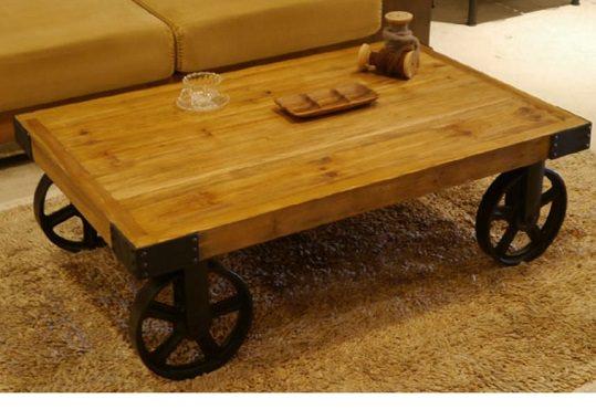 車輪の付いたローテーブル