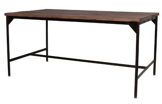 スタンダードなテーブル