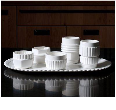 磁器製ティーカップ