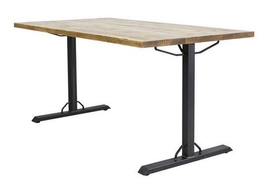 逆T字脚のダイニングテーブル