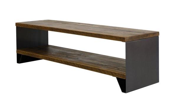 鉄板を使ったテレビボード
