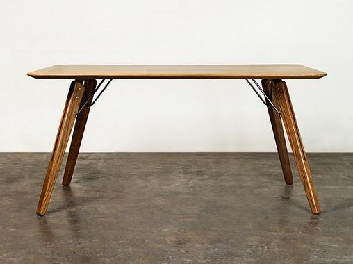 飴色オークのダイニングテーブル