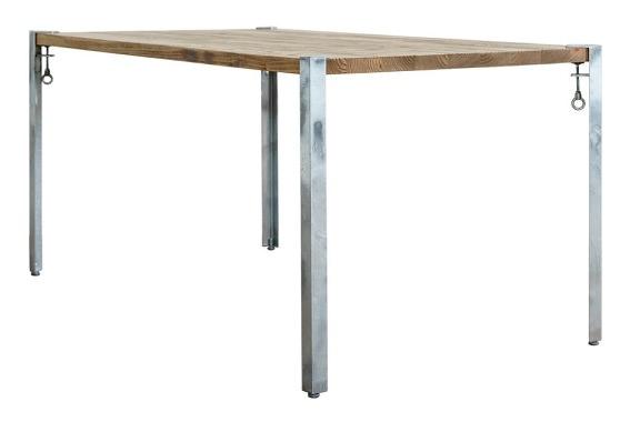 工具不要の鉄脚を使ったテーブル